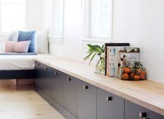 Home Decor Cozy DIY best bench // best ikea hacks.Home Decor Cozy DIY best bench // best ikea hacks Modern Storage Bench, Bench With Storage, Ikea Built In, Built In Bench, Tv Bench, Banco Ikea, Ikea Hack Bench, Ikea Sideboard Hack, Besta Hack