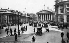 Discover the history of London as it was captured at the time through old pictures of London dating back to 1860. http://www.historic-newspapers.co.uk/local/greater-london/london/?utm_source=pinterest&utm_medium=post#h_ff_1=&n=FPN&m=API&s=