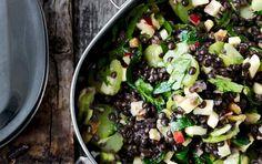 Salaten her er et skønt, selvstændigt frokostmåltid. Du kan sagtens lave dobbelt portion!