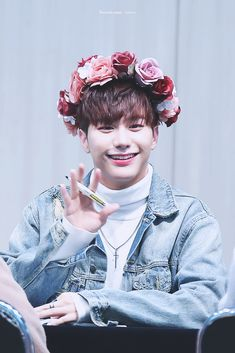 Seungsik with a flower crown, a denim jacket and that smile is what I live for I Love My Son, I Fall In Love, Kpop Girl Groups, Boy Groups, Victon Kpop, Alice, Just You And Me, Korean Babies, K Pop Star