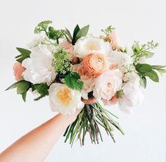 Bridal bouquet color palate