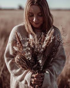 """Gefällt 13 Mal, 1 Kommentare - Alex🦂 live your truth.༄ (@plantifulalexandra) auf Instagram: """"Hello September.🍂  Intentions for this month include...  figuring out where to go from here,…"""" Winter In Australia, Hello September, Live Your Truth, Where To Go, Live For Yourself, Instagram, Fashion, Moda, Fashion Styles"""