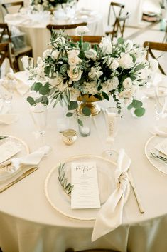 Round Table Centerpieces, Wedding Centerpieces, Wedding Decorations, Table Decorations, Wedding Linens, Floral Wedding, Wedding Colors, Wedding Flowers, Round Wedding Tables