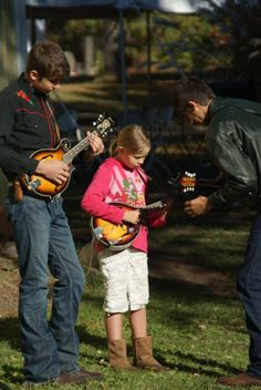 Mandolin music workshops