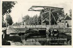 De Julianabrug over de Schutstraat