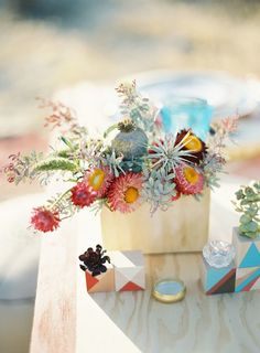Fresh-Picked Floral Wedding Ideas by Honey and Poppies - MODwedding