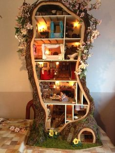 Repurposing Tree Trunks Or Stumps: tree-dollhouse