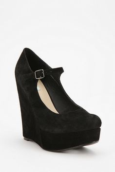 Obsessed with these Mary Jane Platforms! soooo cute! :)