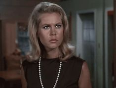 Tabitha From Bewitched Nose Twitch | Elizabeth Montgomery Samantha Stevens Bewitched