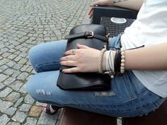 torebka - http://www.chicnova.com/ spodnie - cropp