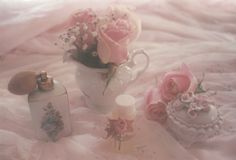 Imagem de aesthetic, pink, and pale Angel Aesthetic, Aesthetic Themes, Aesthetic Vintage, Aesthetic Pictures, Pale Aesthetic, Foto Pastel, Pastel Pink, Rosy Pink, Princess Aesthetic