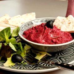 11 nagyon finoman fűszerezett, kenyérre kenhető sós kence | Nosalty Gnocchi, Bagel, Cabbage, Meat, Vegetables, Food, Essen, Cabbages, Vegetable Recipes
