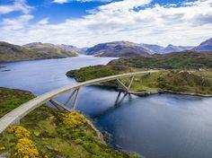 ༺❀༺The Kylesku Bridge is a curved concrete box girder bridge in north-west Scotland that crosses the Loch a' Chàirn Bhàin in Sutherland.
