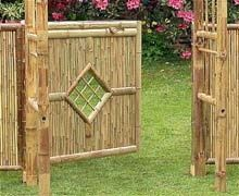 DIY bamboo fence design/could try with wood/twigs..