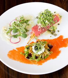 How beautiful is this carpaccio trio of beef tenderloin, halibut and wild salmon Carb Free Recipes, Beef Recipes, Cooking Recipes, Healthy Recipes, Carpaccio Recipe, Cordon Bleu Recipe, Salmon Tartare, Sashimi Sushi, Appetizer Salads