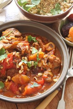 Here's a delightful succulent lamb tagine with dates and apricots recipe to pair perfectly with a glass of Lomond Cat's Tail Syrah.