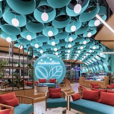 ft coffee shop in Dubai designed by is as unusual as it is astounding. Upon entering, the eye is immediately… Cafe Interior, Interior Exterior, Interior Architecture, Design Café, Cafe Design, Commercial Interior Design, Commercial Interiors, Restaurant Design, Restaurant Bar