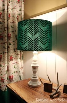 Interest Turquoise Lamp DIY Lampshade With An Interior Pattern I Like That - Lampshade Modern Lampshade Kits, Decorate Lampshade, Decorating Lampshades, Turquoise Lamp, Diy Drums, Stencil Diy, Stenciling, Concrete Lamp, Lamp Shades