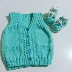 Baktım hep prenseslere örmüşüm birazda prenslere çalışayım dedim bu cici #takım #satılık dilerseniz farklı renk ve büyüklükte de hazırlanabilir.  Bu yelek 0 _3 ay için uygundur. Bilgi ve Sipariş için dm... #siparisalinir🎀🎀🎁🎁🎀🎀 #knittingforkids #knittingvest #boysknittingpatterns #boysknittingclub #boysknit #erkekbebekörgüleri #erkekbebekyelekleri #elisi #handmadewithlove #handmade