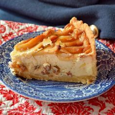 Honest cheesecake with honey and apples Sweet Recipes, Cake Recipes, Dorm Food, Energy Bites, Healthy Options, Delicious Desserts, Food And Drink, Sweets, Baking