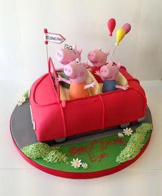 Peppa Pig Car, Peppa Pig Games, Peppa Pig House, Cumple Peppa Pig, Peppa Pig Birthday Cake, George Pig Cake, Cars Cake Design, House Cake, Pig Party