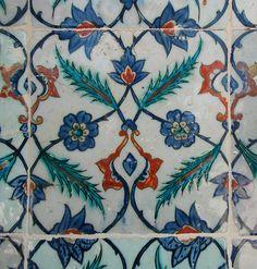 Turkish Iznik Tile in Rustem Pasa Mosque, Istanbul, Turkish Tiles, Turkish Art, Islamic Tiles, Islamic Art, Tile Art, Mosaic Tiles, Art Decor, Decoration, Turkey Pattern
