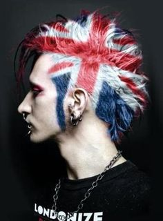 Union Jack Mohawk - Chaos to Couture Punk Fashion Mode Emo, Punk Mode, Piercing Tattoo, Piercings, Union Jack, My Hairstyle, Cool Hairstyles, Punk Rock Hairstyles, Fashion Hairstyles