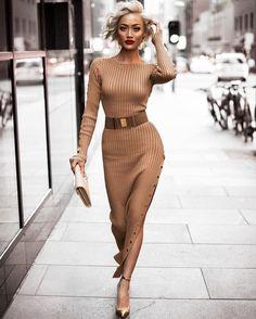 #SlickerThanYourAverage Fashion Blogger Aus Mgmt.   jill@maxconnectors.com.au Aus + Global Mgmt.   jesse@micahgianneli.com ↓New Blog Post Below↓