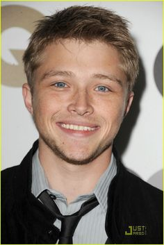 Sterling Knight as Will ( Josh Hutcherson was my first choice,Peeta from Hunger Games, but he can't be in both) Chad Dylan Cooper, Sterling Knight, Boyfriends Be Like, Sonny With A Chance, Melissa & Joey, Hot Hunks, Young Actors, Gorgeous Men, Beautiful People