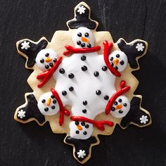 With a snowflake-shape cookie cutter, you can make quick work of sugar cookies that celebrate your love for the season's frosty fellows! http://www.bhg.com/christmas/cookies/favorite-christmas-cookies/?socsrc=bhgpin121814kaleidoscopesnowmensugarcookies&page=14