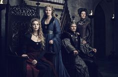 The White Princess - queen Elizabeth of York and king Henry VII with Elizabeth Woodville and Margaret Beaufort Isabel Woodville, Elizabeth Woodville, The White Princess Starz, Michelle Fairley, Elizabeth Of York, Princess Elizabeth, Philippa Gregory, Princess Games, Wars Of The Roses