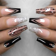 Pin by Norina on Fingernägel design in 2020 Bling Acrylic Nails, Best Acrylic Nails, Bling Nails, Swag Nails, Coffin Nails, Grunge Nails, Sparkle Nails, Rhinestone Nails, Stiletto Nails