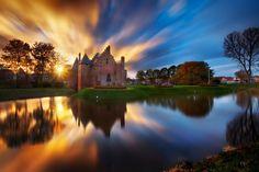 Radboud Castle - Medemblik by Iván Maigua