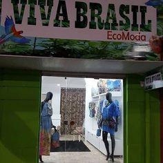 Olha o trabalho especial que tivemos o prazer de fazer.. Criação da arte da fachada da loja @vivabrasilecomoda feita por nós da @artsfeeling. A Viva Brasil EcoModa chegou em Ilhéus preza pela sustentabilidade com novidades da moda ecológica moda feita de garrafa pet preservando a natureza. Ao fazer uma visita em Ilhéus conheça a @vivabrasilecomoda. Viva Brasil EcoModa muito obrigado pela confiança e preferência!! #artecomsentimento #trabalhoespecial #sustentabilidade #ecomoda #ilhéus