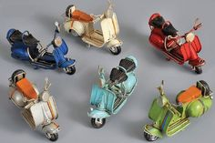 VESPA vintage motorcycle scooter tin toy miniature for boys and girls – Motorcycles And Scooter – Motorrad Vespa Motorbike, Scooter Motorcycle, Vespa Scooters, Tuning Honda, Scooter Drawing, Scooter Storage, Harley Davidson, Miniature Cars, Vintage Vespa
