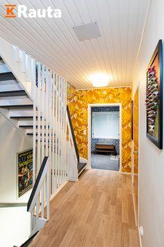 Listasimme kuusi parasta ideaa kodin kunnostamiseen. Katso parhaat ideat ja kunnosta kotia helposti asiantuntijoiden vinkeillä.  #krauta #jätäjälkesi #remontointi #kunnostaminen #sisustaminen #sisustusinspiraatio #sisustusidea Stairs, Home Decor, Stairway, Decoration Home, Room Decor, Staircases, Home Interior Design, Ladders, Home Decoration