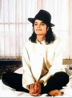 ♥ MICHAEL JACKSON REI DO POP DA PAZ E DO AMOR ♥: Michael Jackson - Leave Me Alone♥ AS MAIS LIND...