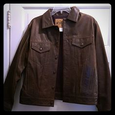 GAP leather jacket Brown leather jacket in great shape. No stains. Natural leather markings. Ladies extra small. 20 inches across under the arms. 18 inches across at the waist. So many styling possibilities! GAP Jackets & Coats Utility Jackets