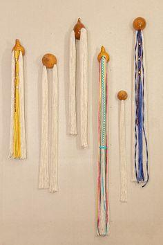 Jewelry Organization, Tassel Necklace, Walls, Design, Art History, Crafts, Artists, Pintura, Jewelry Storage