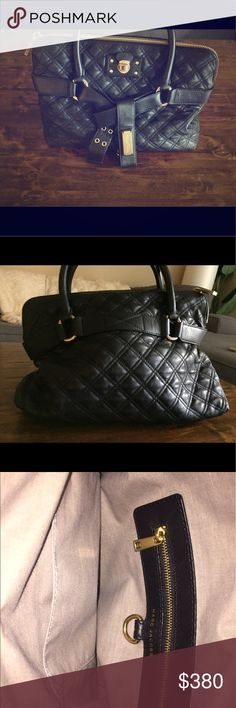 Marc Jacobs Bruna Quilted Bag Like new - I never really took this bag out for a stroll it is Beautiful , Sophisticated, Timeless! Originally $850 plus tax ! I wish I didn't have to sell it ! Marc Jacobs Bags Totes