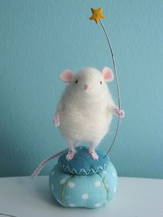 Needle Felted Mouse-I love needle felting, but I did not make this