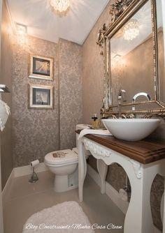 Papel de parede, espelhos e pendentes para embelezar!     O lavabo por ser o menor banheiro da casa, e geralmente fica ao lado da sala, ... Wc Retro, Minimalist Small Bathrooms, Dorm Storage, Steam Showers Bathroom, Bathroom Design Small, Bathroom Furniture, Home Deco, House Design, Decoration