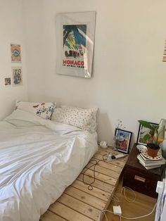 Room Decor Bedroom, Home Bedroom, Bedrooms, Bedroom Ideas, Aesthetic Room Decor, Cozy Room, Dream Rooms, My New Room, House Rooms