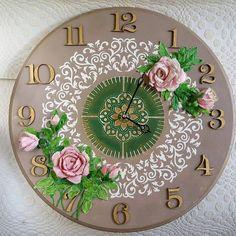 Diy Home Crafts, Arts And Crafts, Paper Clock, Clock Painting, Handmade Clocks, Diy Shadow Box, Diy Clock, Wood Clocks, Decoupage Paper