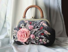 """Купить сумочка """"Рremiere"""" (Прима) - розовый, розы, розовые розы, розовый букет, розовый и серый"""