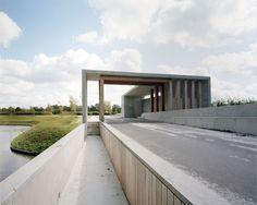 Karres en Brands landscape architecture cemetery Langedijk Entrance building Onix_ photo Saph_Rob de Jong « Landscape Architecture Works | Landezine