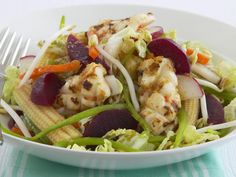 This flavour-packed salad combines chili and ginger marinated squid with fresh beetroot slices and crunchy vegetables. Drizzled with an Asian inspired honey soy dressing, it is the perfect salad for entertaining guests.