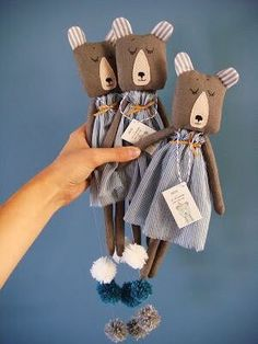 Sewing Projects for Kids - Why It's Important and How To Do It? Plush Dolls, Doll Toys, Baby Toys, Kids Toys, Tilda Toy, Fabric Animals, Fabric Toys, Cat Doll, Sewing Projects For Kids