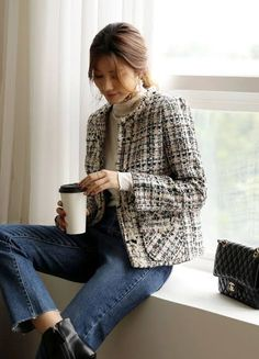 Office Fashion, School Fashion, Work Fashion, Daily Fashion, Everyday Fashion, French Girl Style, My Style, Tweed Jacket, Contemporary Fashion