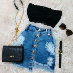Danm now that's a hotass outfit Source by de chicas Girls Fashion Clothes, Teen Fashion Outfits, Swag Outfits, Mode Outfits, Retro Outfits, Outfits For Teens, Girl Outfits, Cute Comfy Outfits, Stylish Outfits